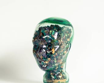 Vintage Decorative Glass Head with Potpourri Flowers, green glass and cork stopper / 1970s decoration / Curiosities / Retro hat stand
