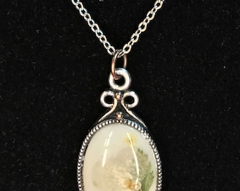 Pressed Flower Pendant Necklace