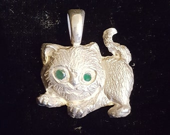 Sterling silver and emerald or sapphire kitten pendant