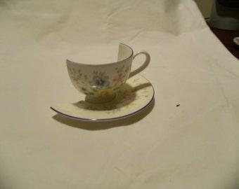 Alice in Wonderland, Half Cup, Alice's Tea Party