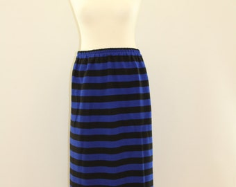 Laterally Striped Skirt (Blue/Black)