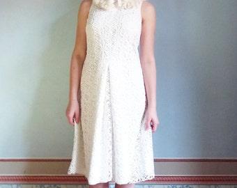 K I M weddingdress