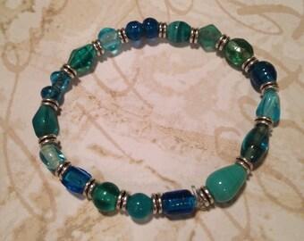 Aqua and teal glass beaded bracelet
