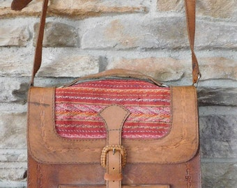 Vintage LEATHER PURSE / HANDBAG / Tote with Detailed Handwoven Inserts Made in Bolivia