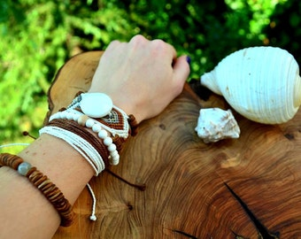 White Coconut Macrame Bracelet Pack with Coconut, Labradorite, Onyx