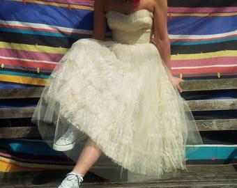 vintage party dress !