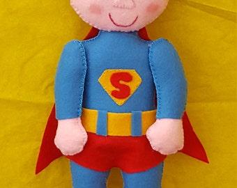 Doll type Superman superheroes in pannolenci