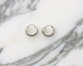 Small hoop etched scroll silver earrings (R49)