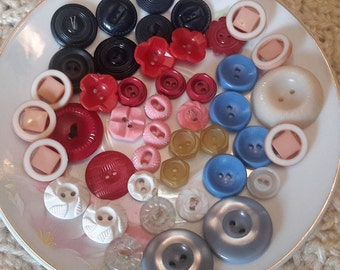 SALE Vintage plastic button lot, mix 44pc, craft sewing buttons misc
