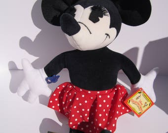 """Applause Charlotte Clark Disney Collectible Minnie Mouse """"1930"""" Doll with Tags and box."""