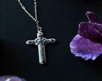 Art Nouveau Cross Necklace / Antique Cross Necklace with Cherub Faces / Layered Cross Necklace / Antique Gothic Cross / Angels