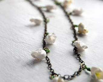White Foxglove Paper Flower Necklace - Bohemian Layering Necklace - White Flowers - Bohemian Bridal Necklace