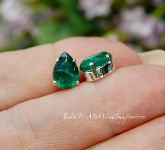 Vintage West German Crystal, Flawed Emerald Green, Transparent 10x7mm, 2 Pieces, 4320 Pear Shape, Sew On Setting, Rhinestone Crystal Setting