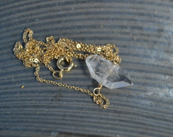 Double terminated Quartz Choker Gold Plated Chain