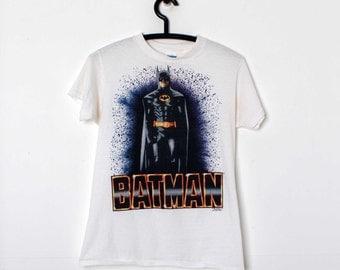 Vintage 1989 BATMAN T Shirt DC Comics Size Medium Tim Burton Michael Keaton