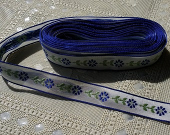 4 yards Navy Floral Ribbon Trim White with navy flowers