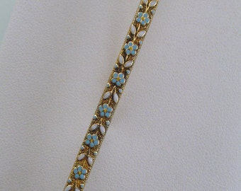 A Turn Of The Century Bar Art Nouveau Pin, Yellow Gold With A Delicate Blue and White Enameled Design (A682)