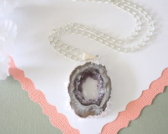Geode Necklace Silver, Crystal Necklace, Geode Agate Slice, Boho Jewelry, Druzy Pendant, Vegan, Silk Jewelry, Natural Geode, GS80