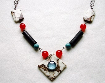 Mixed media marble necklace with metal