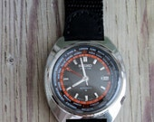 Vintage Seiko Automatic World Time Black Dial Wrist Watch by avintageobsession on etsy