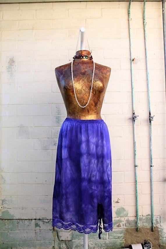 Small/Med Plus Tie Dye Skirt/Purple Vintage Skirt/Upcycled Clothing/Hippie Tie Dye Skirt/Tie Dye Lace Skirt/Upcycled Skirt/French Fairy Skir