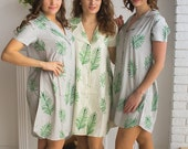 Bridesmaids Shirts in Tropical Delight Palm Leaves Pattern - Short Sleeved Notched Collar Style