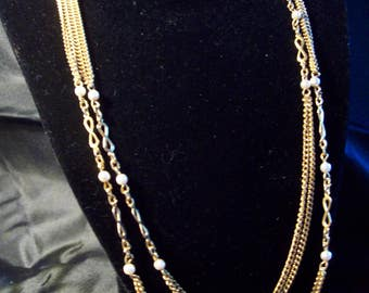 Vintage Long Chained Pearls and Links Necklace