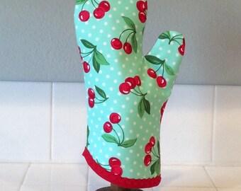 Retro Cherry Oven Mitt