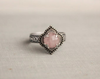 Rose Quartz Ring. Quatrefoil Ring. Adjustable