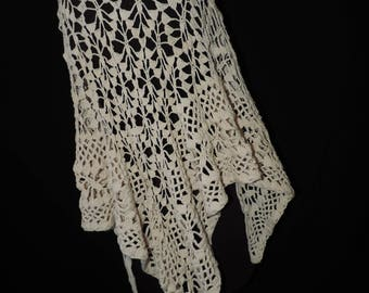 vintage ivory knit shawl 1970s fringed stevie nicks gypsy wrap bohemian vintage cape