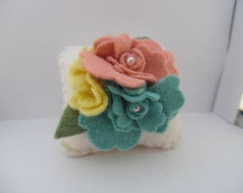 Felt Flower Pincushion Wool Needle Felted Pin Keep Aqua Yellow Mauve Garden Quilt Sewing
