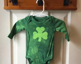 St. Patrick's Day Baby Bodysuit, Green Shamrock Baby Bodysuit, Baby Shamrock Bodysuit, Irish Baby Gift (3 months)