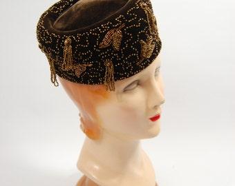 1940s Chocolate Brown Velvet Beaded Hat - Tilt Hat / Pillbox Late 1940s Semco Sisters Chicago New York