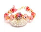 Pink Lampwork Glass Bead Bracelet. Boro Focal Bead. Easter Spring Artisan Bracelet. Cottage Chic Jewelry. Peach Boro Bead Bracelet.