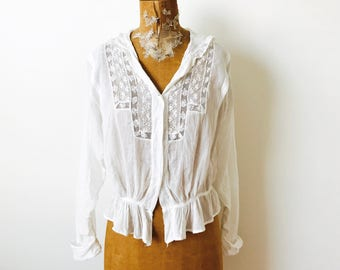 Antique Edwardian Era 1910s white embroidered cotton lace blouse