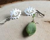 Eye earrings, small metal eye earrings, small eye dangle earring, crescent moon, ojo de la luna