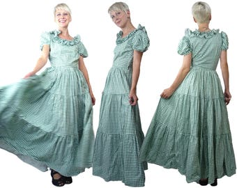 1930s to 1940s Gingham Maxi Dress with Puff Sleeves