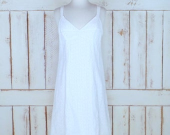 Vintage white cotton eyelet sleeveless summer dress/cotton knee length sundress
