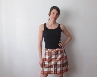Vintage '60s Joyce Plaid Poly Tennis Style Mini Skirt / Skort! Pockets & Hoop Zipper Detail! Small / Medium