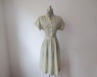 Vintage '40s/'50s Kerrybrooke Sears, Roebuck And Co Shirtdress w/ Rhinestone Buttons, Square Shoulders, Size Zip, 36 Inch Bust