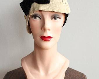 1920s Cloche Hat // Silk Velvet Cloche Hat // vintage 20s cloche