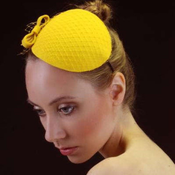 Yellow Fascinator with Veil and Bow