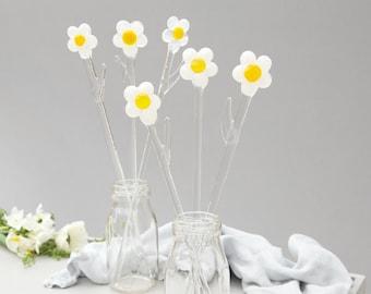 Glass Daisies, handmade glass flowers, Mother's day gift, Valentine's day gift, wedding gift, birthday present, present for mum