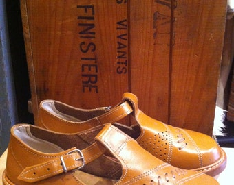 French 1950 Shoes Sandal Deadstock