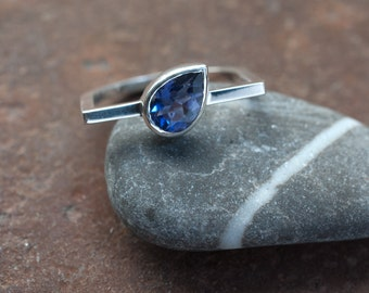 Iolite and sterling silver square ring