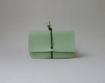 Wallet Small - linden green leather & olive green elastic strap - minimalist wallet
