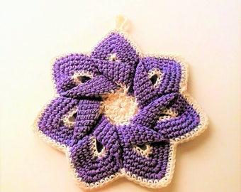 Mid-Century Retro Star Flower Potholder - Pastel Purple and Ivory - 100% Cotton, Eco-friendly, Re-usable, Reversible