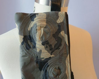 wristlet. wallet. change purse. washable. lined, lightweight, durable, vegan