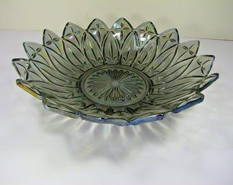 Vintage IRIDESCENT PETALWARE BOWL Smoke CARNiVAL Flower Federal Glass Petal Cross Serving Size