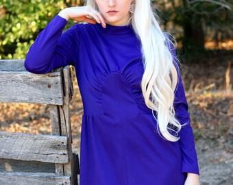 1970s purple turtleneck formal maxi dress. Size M/L